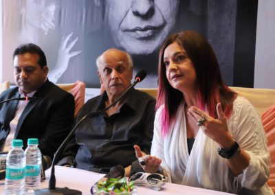Mahesh Bhatt, actor-daughter Pooja Bhatt